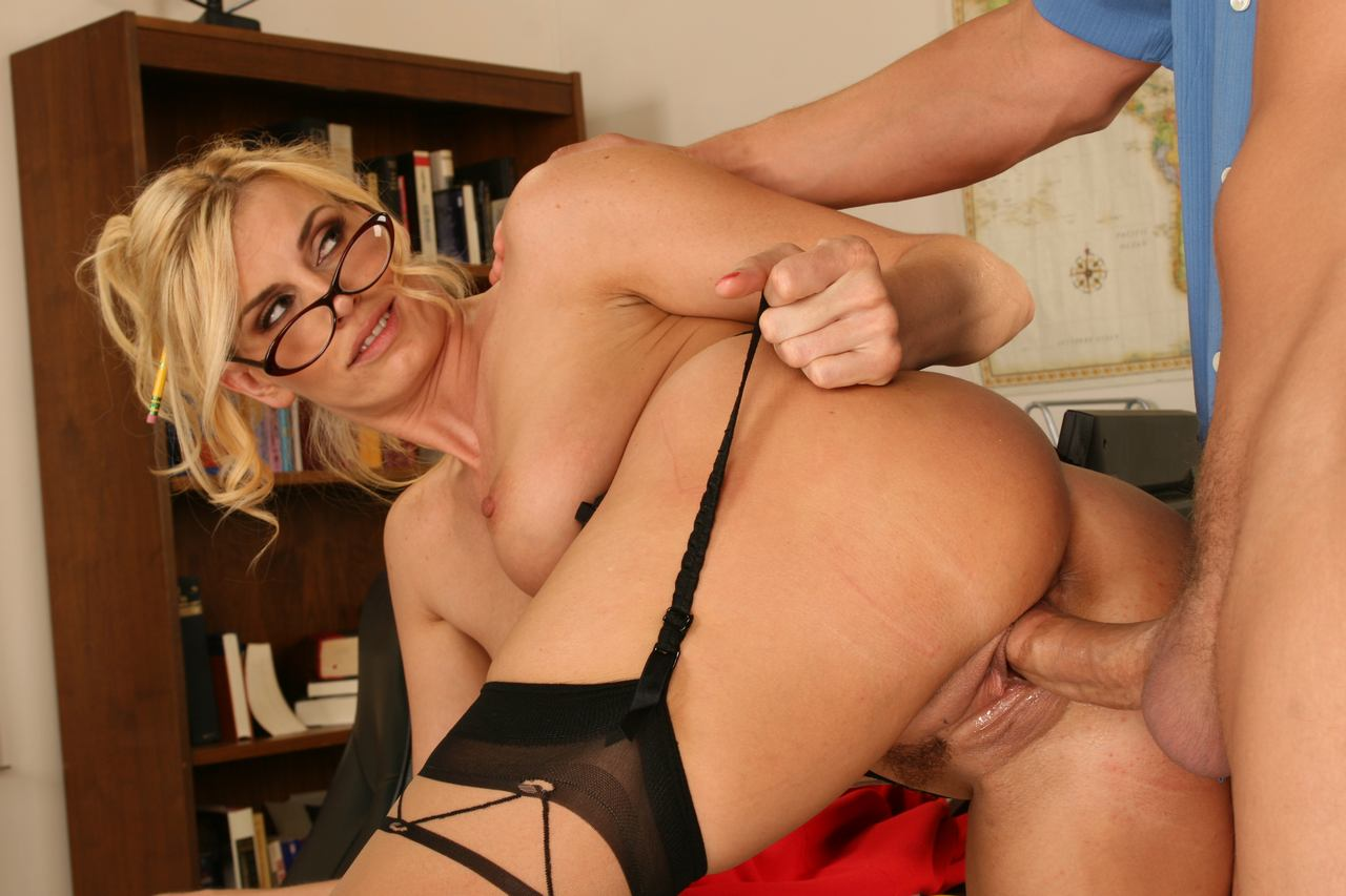 milf-rider-title-object-object-young-vagina-spread